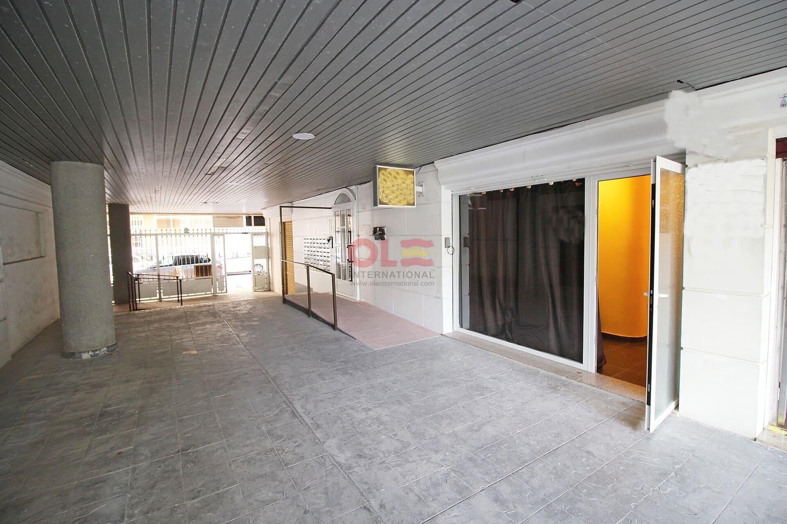 2 sypialnia Komercyjne na sprzedaż w Torrevieja - 41 000 € (Ref: 2711172)