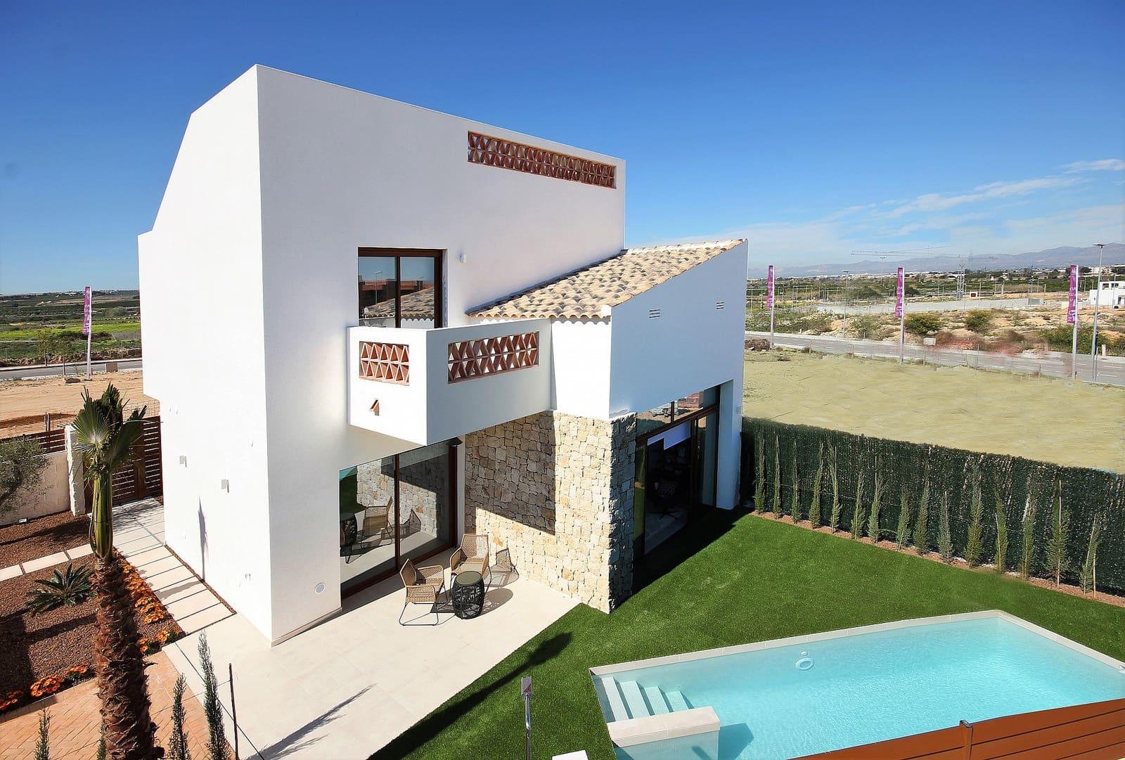 Chalet de 3 habitaciones en Benijófar en venta - 324.900 € (Ref: 4535249)
