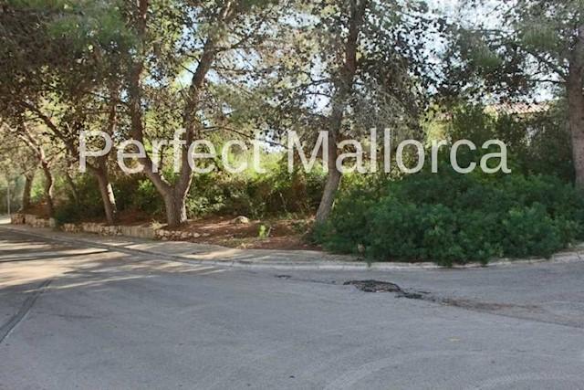 Landgrundstück zu verkaufen in Cala Mandia - 195.000 € (Ref: 2725924)