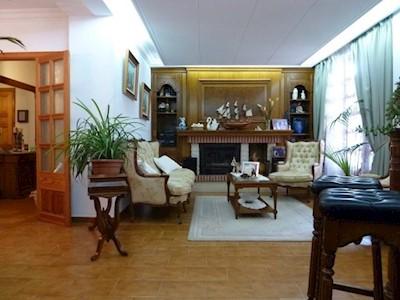 Local Comercial de 7 habitaciones en Cala Millor en venta - 450.000 € (Ref: 3160018)