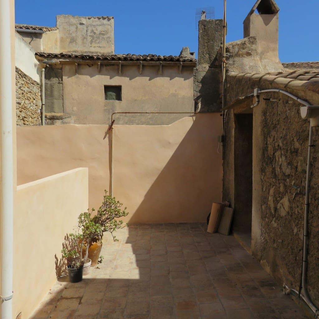3 bedroom Townhouse for rent in Arta - € 1,000 (Ref: 4737198)