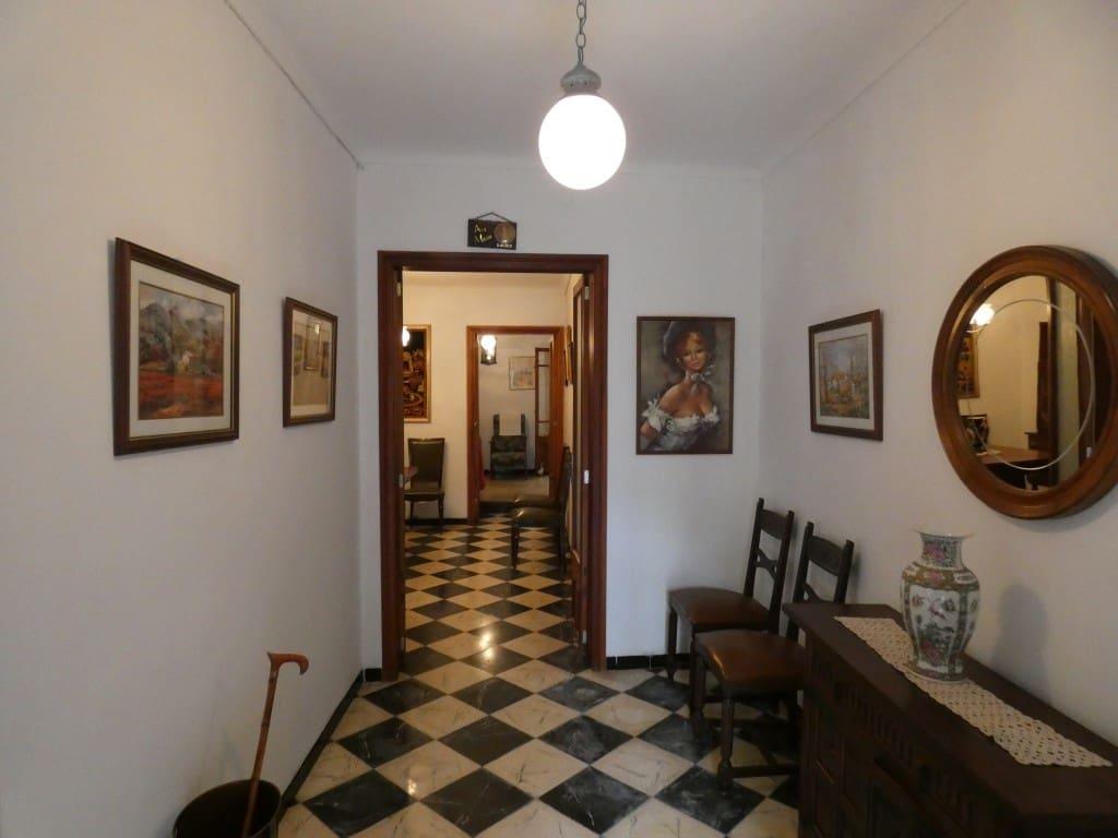 5 slaapkamer Huis te huur in Arta - € 1.200 (Ref: 5120996)