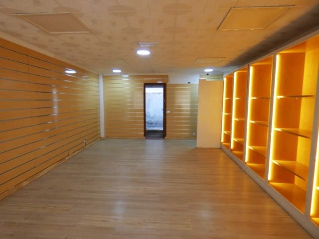 Kaupallinen myytävänä paikassa Canyamel - 128 000 € (Ref: 5969113)