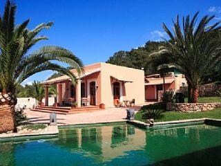 5 slaapkamer Finca/Landhuis te koop in Ibiza dorp met zwembad garage - € 3.500.000 (Ref: 564283)