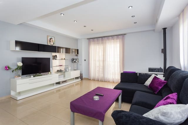 4 chambre Villa/Maison Semi-Mitoyenne à vendre à Beniarjo avec garage - 154 000 € (Ref: 3970019)