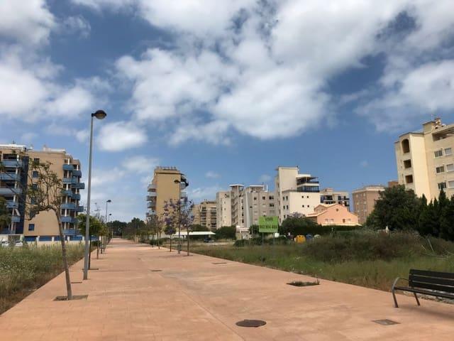 Terrain à Bâtir à vendre à Piles - 390 000 € (Ref: 5316519)