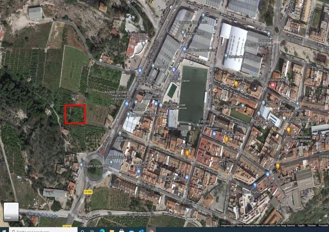 Grunde uden byggetilladelser til salg i Real de Gandia - € 12.000 (Ref: 6184837)