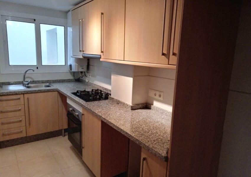 3 sovrum Lägenhet att hyra i Javea / Xabia med pool garage - 550 € (Ref: 4625694)