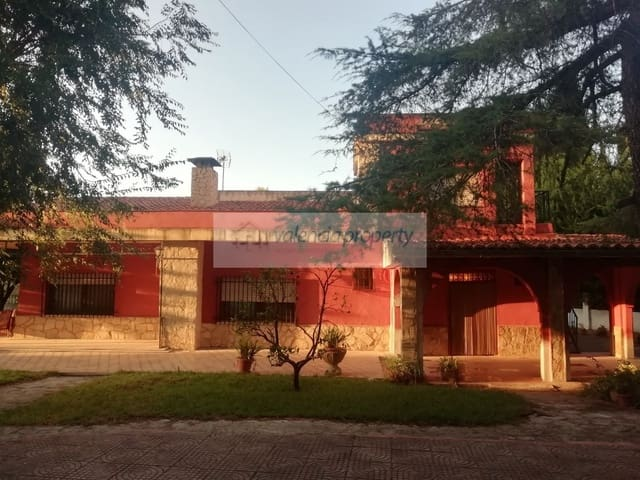3 quarto Moradia para venda em Xativa com piscina garagem - 176 000 € (Ref: 6136781)