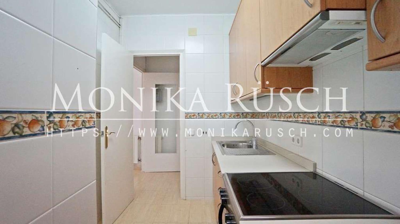 3 quarto Apartamento para arrendar em Barcelona cidade - 1 127 € (Ref: 6141236)