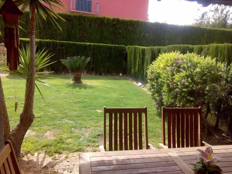 4 soveværelse Byhus til leje i Sotogrande med swimmingpool - € 1.300 (Ref: 3706877)