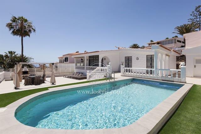 3 soveværelse Villa til salg i Arona med swimmingpool garage - € 575.000 (Ref: 6090357)
