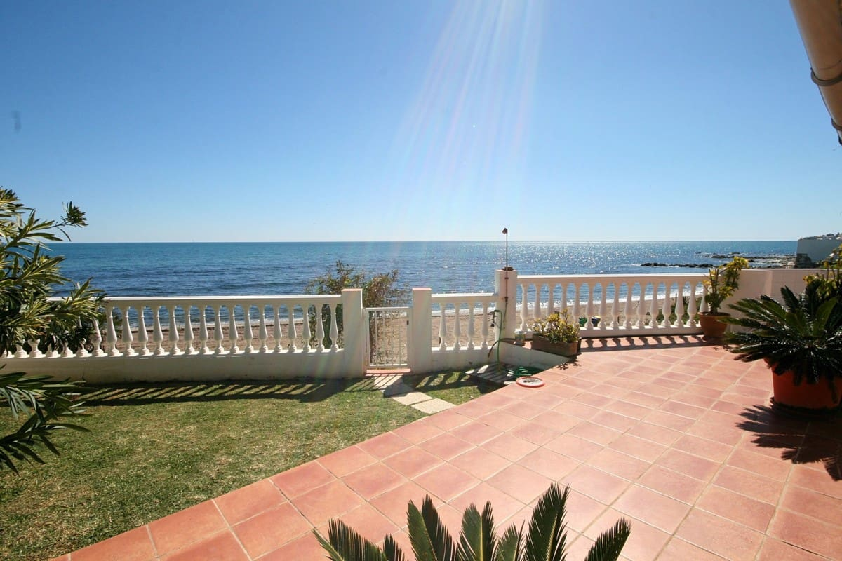 3 bedroom Villa for holiday rental in La Cala de Mijas - € 637 (Ref: 3302870)