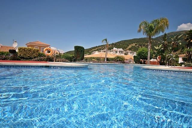 3 sypialnia Penthouse na sprzedaż w Alhaurin Golf z basenem garażem - 249 500 € (Ref: 4853275)