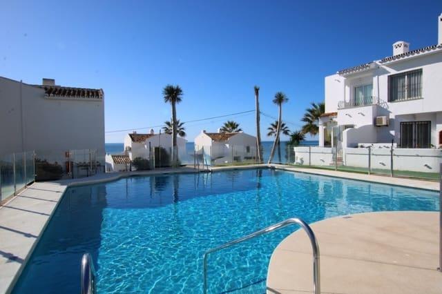 2 soverom Kjedet enebolig til salgs i Miraflores med svømmebasseng garasje - € 275 000 (Ref: 5065324)