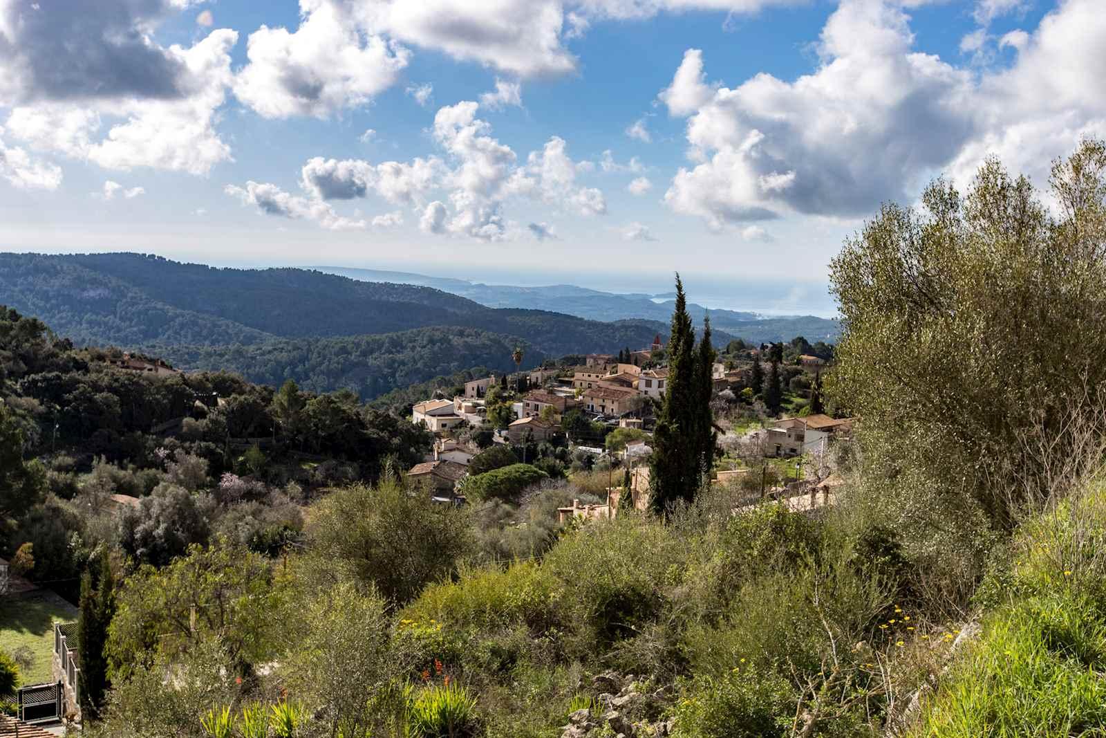 Building Plot for sale in Galilea - € 250,000 (Ref: 3094776)