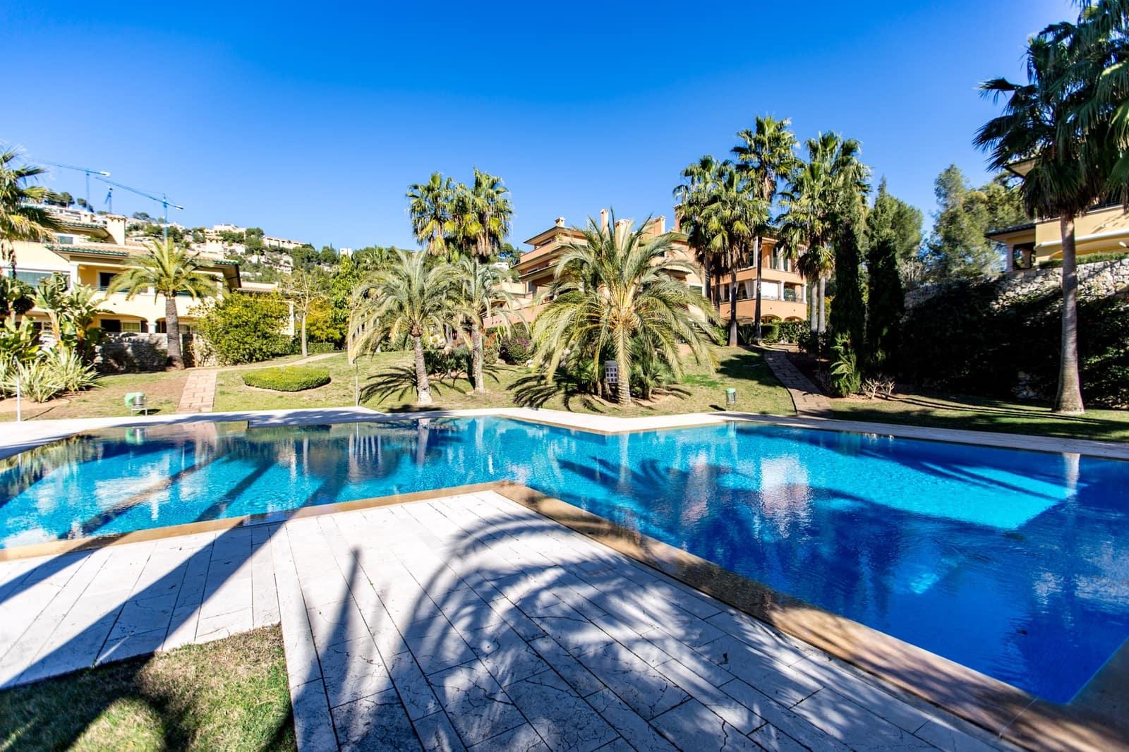 3 slaapkamer Flat te huur in Son Vida met zwembad - € 2.850 (Ref: 5075586)