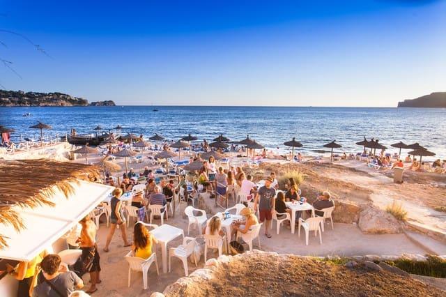 3 soveværelse Lejlighed til leje i Costa de la Calma med swimmingpool - € 2.000 (Ref: 5949690)
