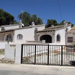 4 Zimmer Reihenhaus zu verkaufen in Teulada mit Pool - 171.500 € (Ref: 4133772)
