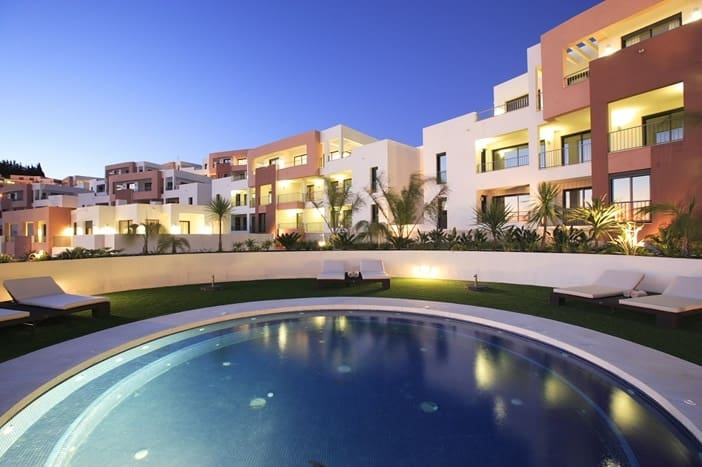 2 bedroom Apartment for sale in Marbella with pool - € 295,000 (Ref: 4927012)