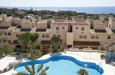 2 bedroom Apartment for sale in Marbesa - € 265,000 (Ref: 5268101)