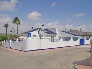 3 soverom Villa til salgs i Ciudad Quesada med svømmebasseng - € 900 (Ref: 2340987)