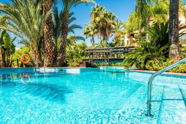 2 Zimmer Ferienapartment in Atalaya-Isdabe mit Pool Garage - 1.100 € (Ref: 4856791)