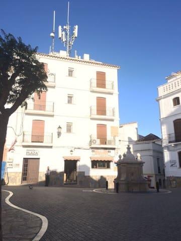 Hotel de 9 habitaciones en Casares en venta - 365.000 € (Ref: 3086367)