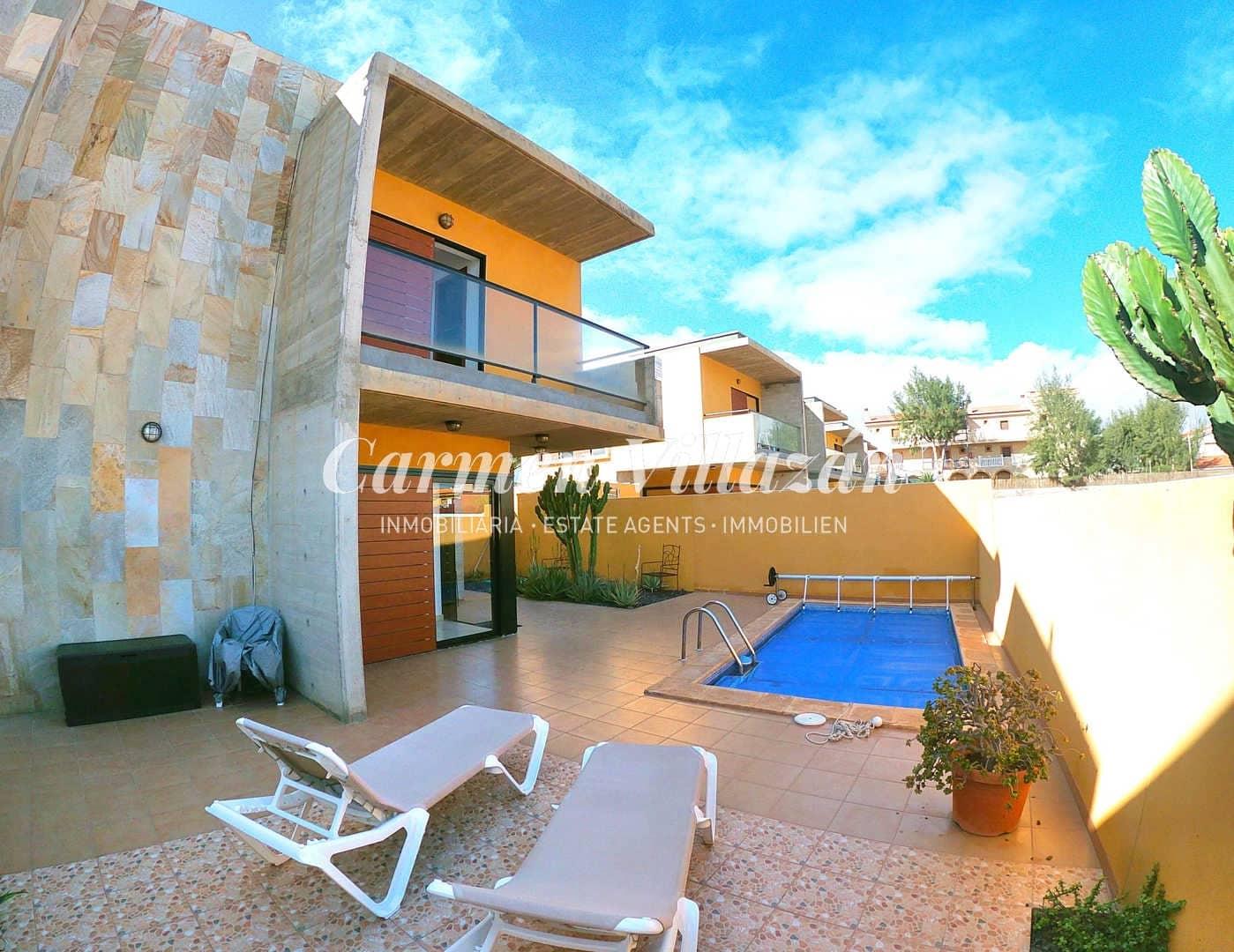 4 sovrum Villa till salu i Costa de Antigua med pool - 240 000 € (Ref: 5910046)