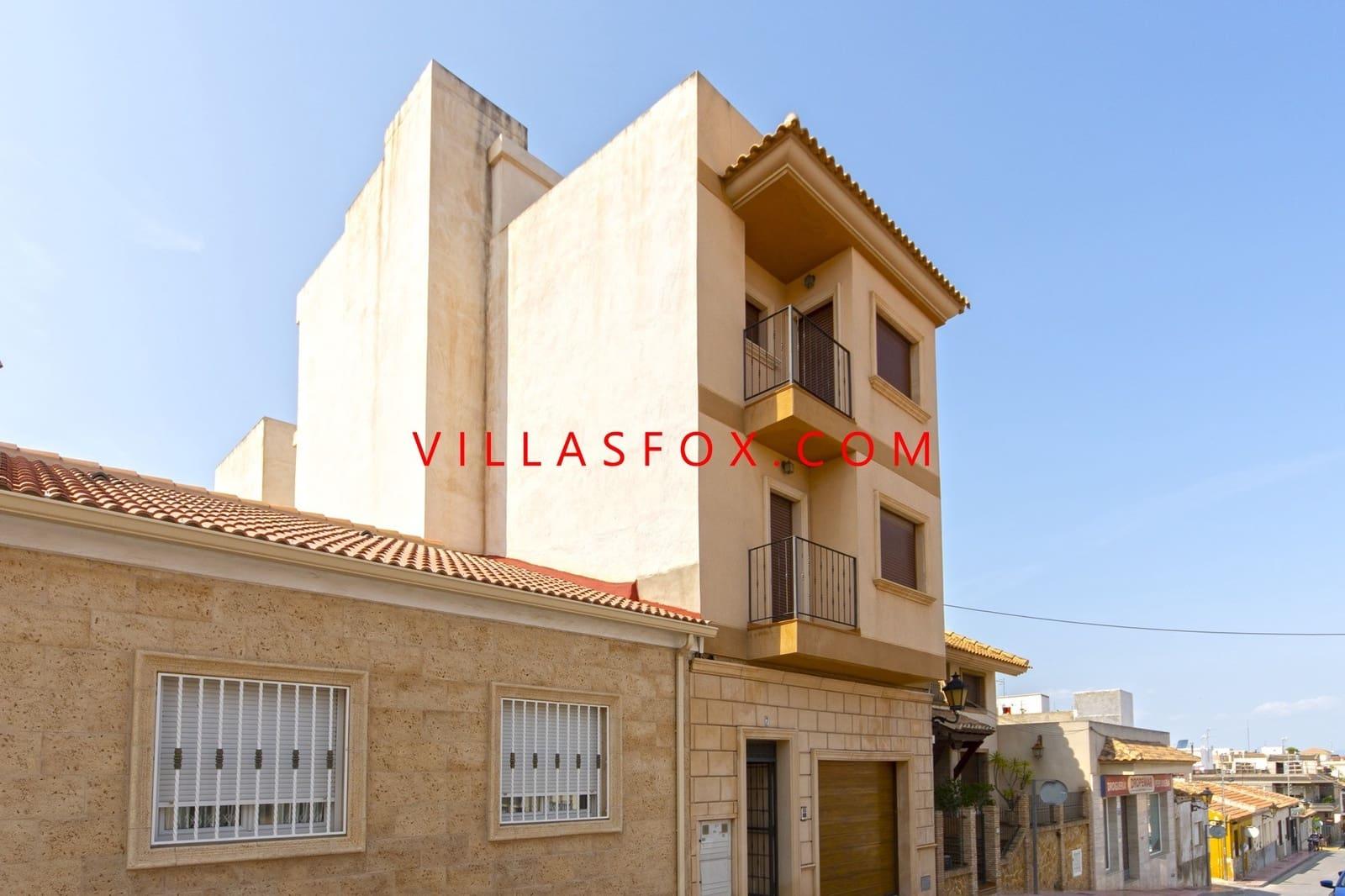 Casa de 3 habitaciones en San Miguel de Salinas en venta con garaje - 375.000 € (Ref: 5598430)